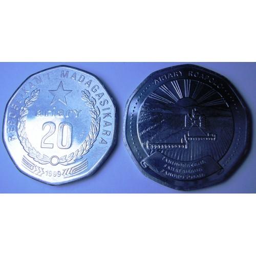MADAGASCAR 20 Ariary 1999 FAO