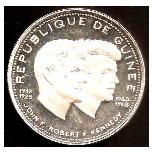 GUINEA 200 Francs 1970 AG...