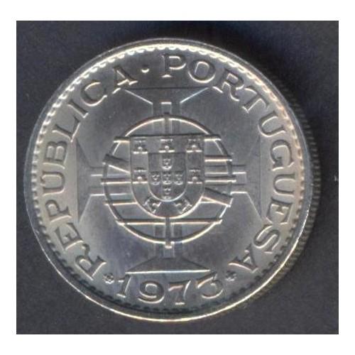 MOZAMBIQUE 2 1/2 Escudos 1973