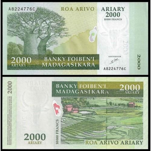 MADAGASCAR 2000 Ariary 2003